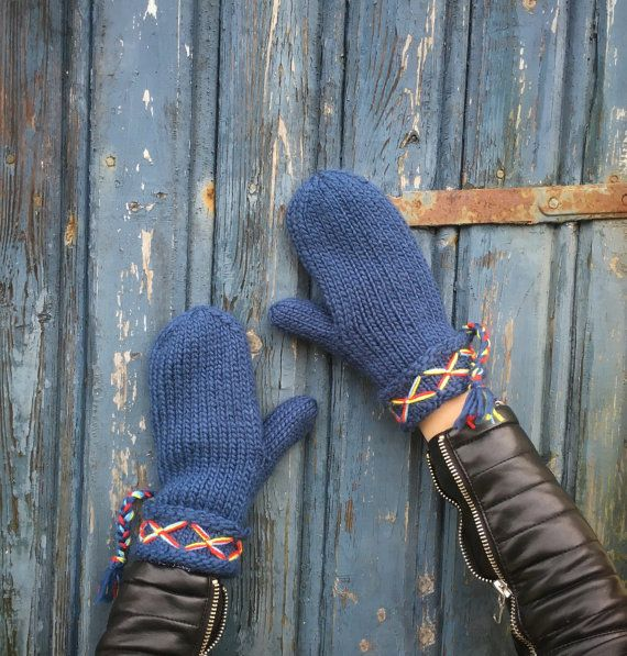 Mittens Swedish Lovikka Mittens Traditional Scandinavian Felted Wool Mittens Blue Guantes