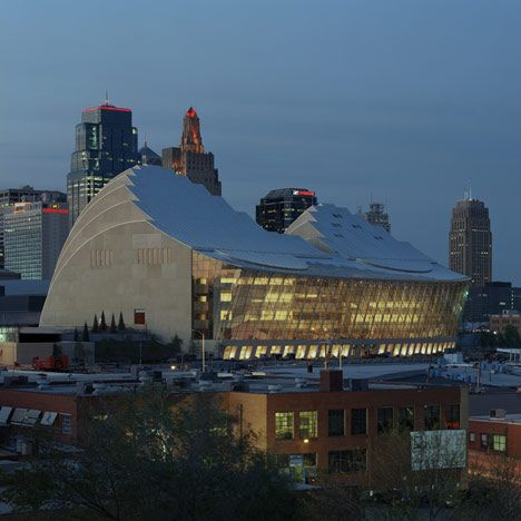 Kauffman Center For The Performing Arts By Moshe Safdie In Kansas City Missouri Places In America Kansas City Performance Art