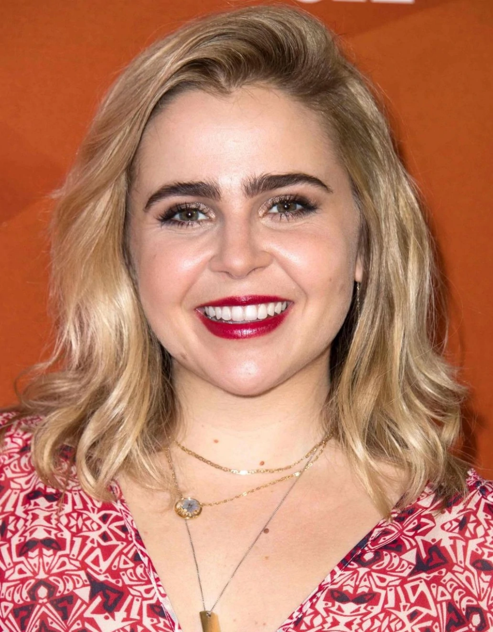 Mae Whitman Disney Wiki Fandom Powered By Wikia Mae Whitman Whitman Cool Girl Comedian josh potter joins nikki and anya marina to chat about getting dissed by smart people, making the first move and the. pinterest