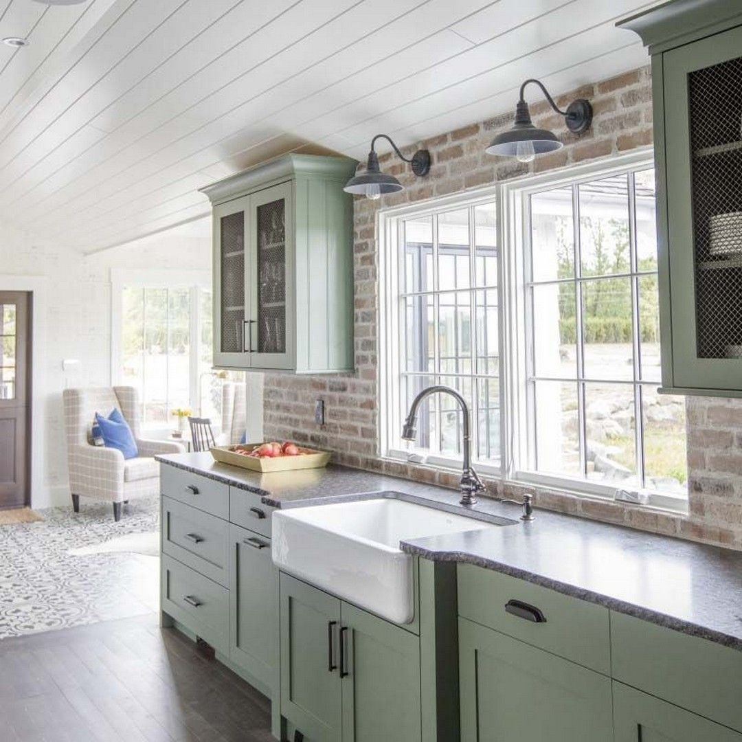 Simple and Modern Historic Homes Kitchen Details #historichomes