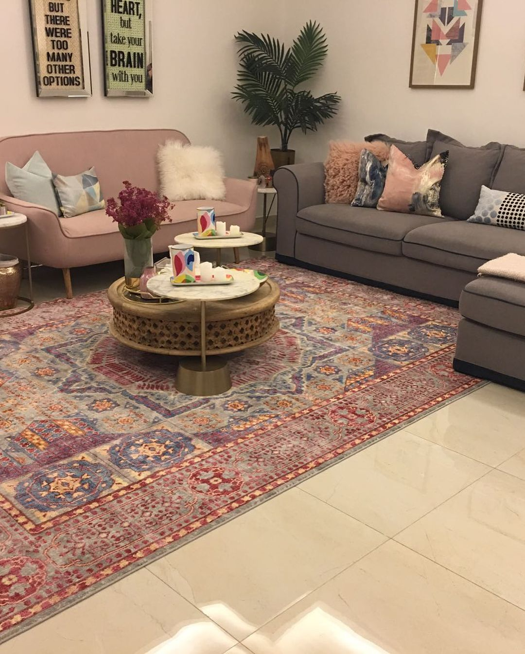A Mamluk Rug Is All You Need For A Beautiful Living Room Available In Size 2 4x3m Machine Beautiful Living Rooms Living Room Color Schemes Home Design Decor