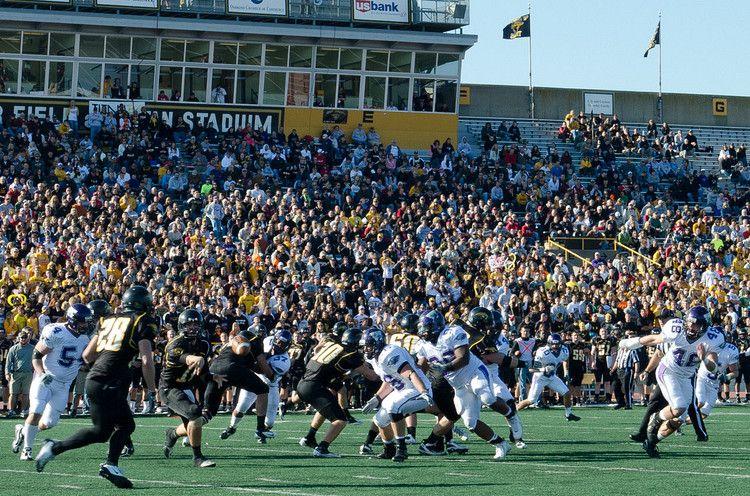 UW Oshkosh Homecoming 2011 football game vs. UW-Whitewater. | Homecoming  games, Whitewater, Football games