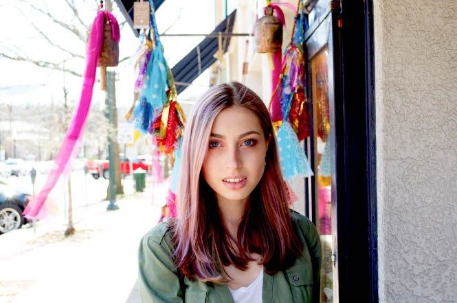 Light purple hair and casual date outfit. http://chicandchai.com