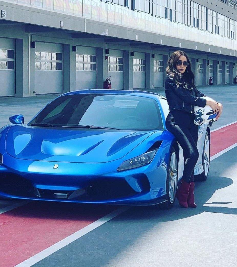 ボード Ferrari Colours のピン
