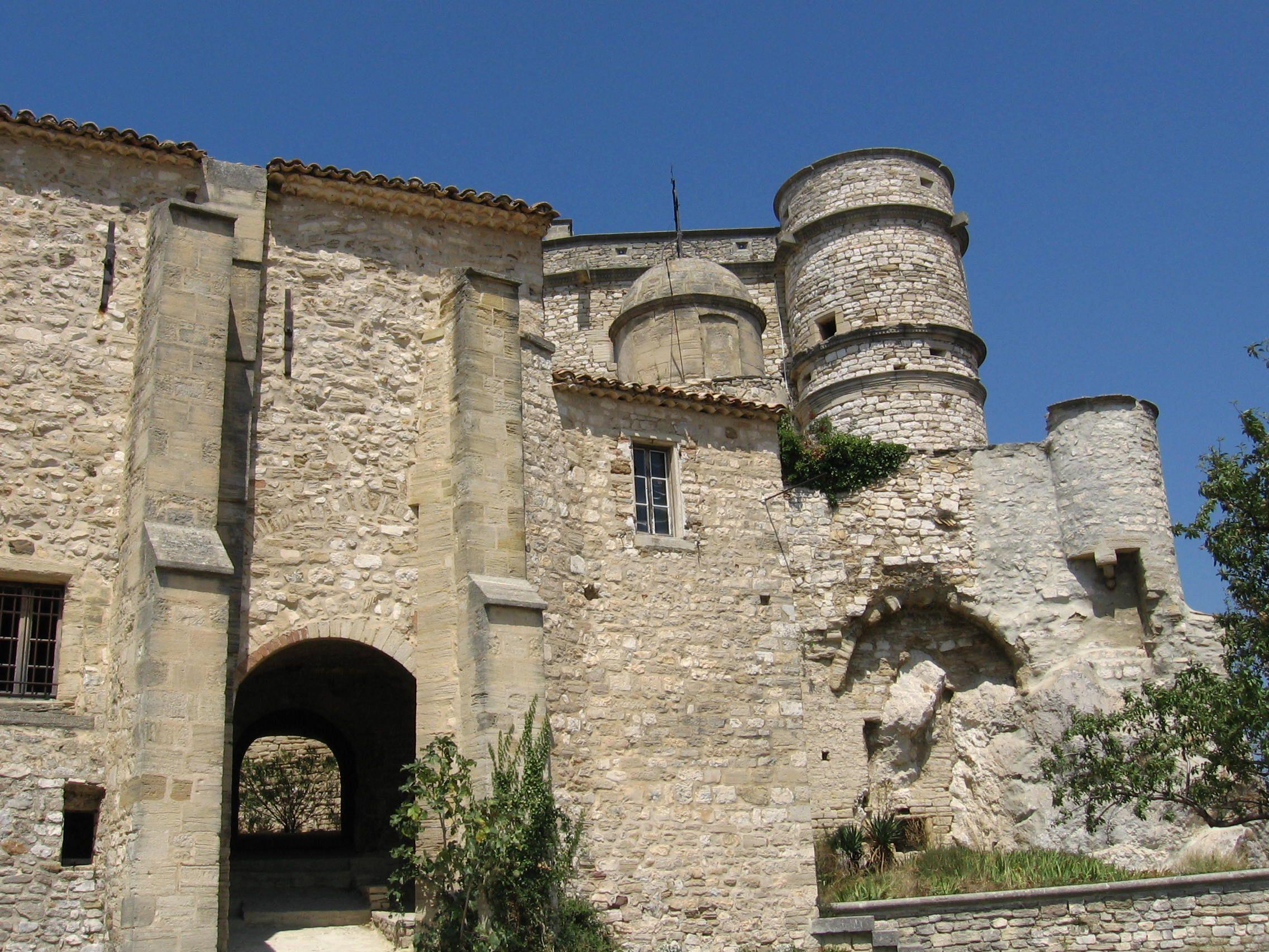 Château du Barroux, Le Barroux, Provence-Alpes-Côte d'Azur