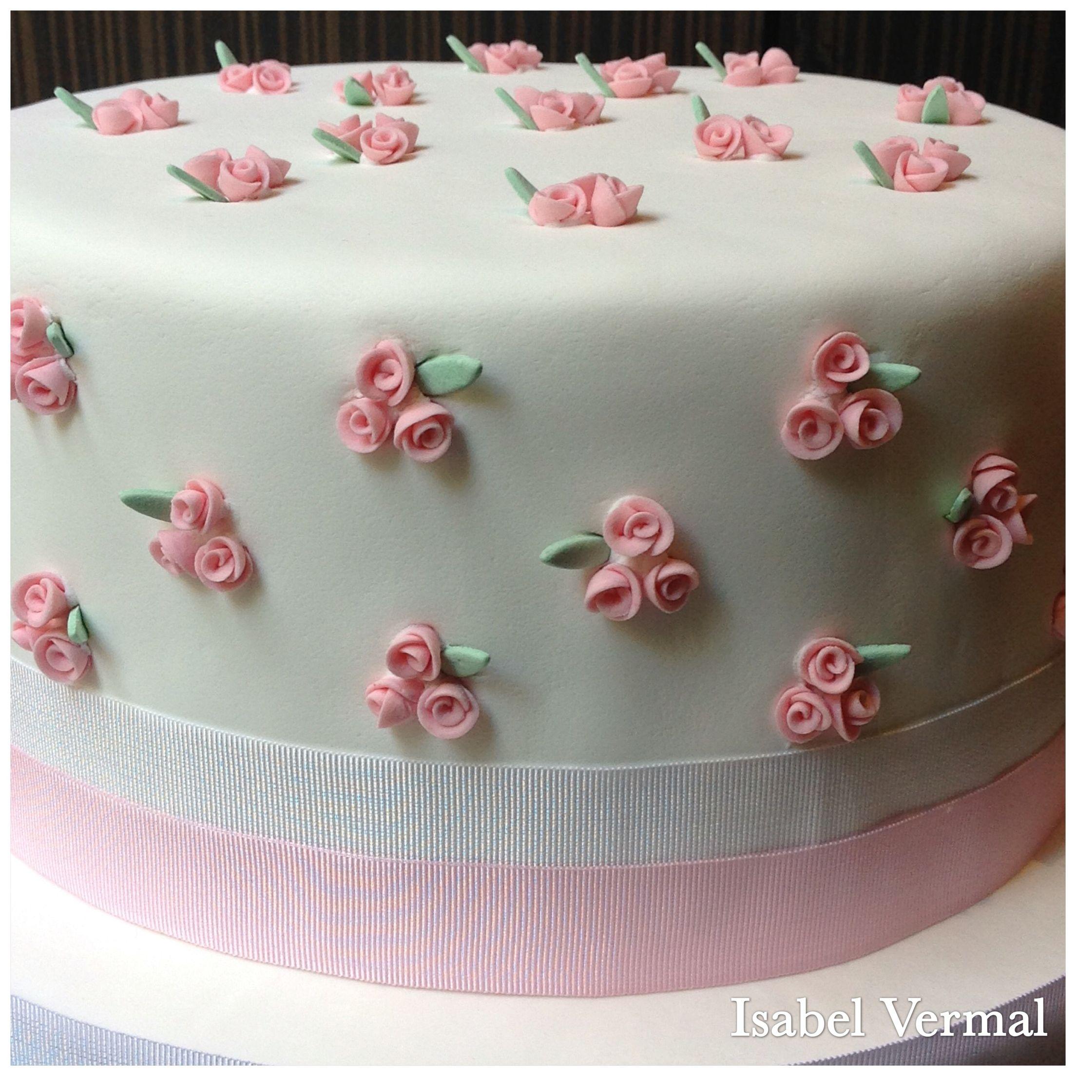 Torta blanca con rositas rococó rosas | Tortas | Pinterest ...