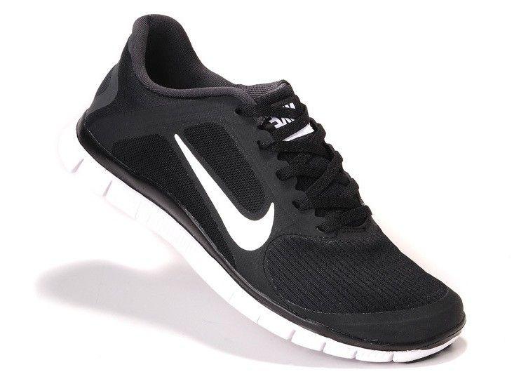 Nike Free Run 4.0 V3 Noir / Blanc Femme Formateurs 48,62 € http: