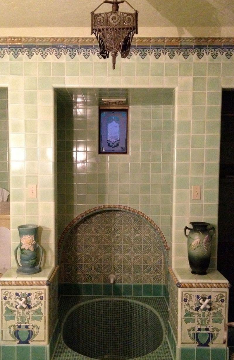 Velvet Linen Spanish Style Homes Spanish Style Bathrooms Spanish Revival Bathroom