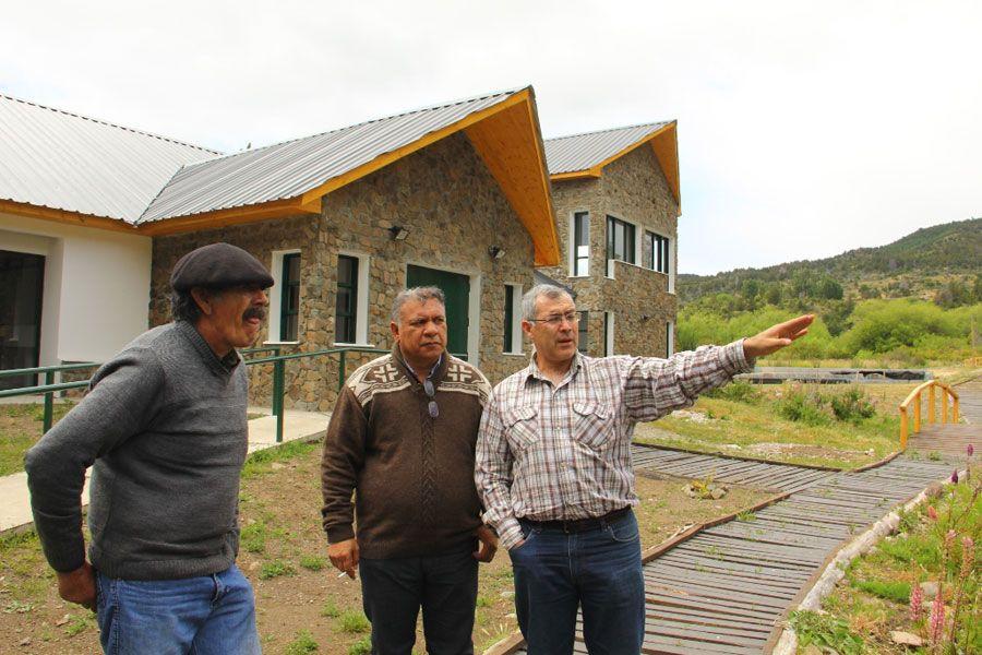 """""""Chubut: una de las mejores provincias en el desarrollo de la Pesca Continental"""" http://www.ambitosur.com.ar/chubut-una-de-las-mejores-provincias-en-el-desarrollo-de-la-pesca-continental/ El subsecretario de Pesca de la Provincia del Chubut, Héctor Rojas, destacó el compromiso y la calidad de gestión de la Dirección General de Pesca Continental """"que permiten posicionar a Chubut entre las mejores provincias en el desarrollo de la pesca deportiva"""".     Durante la se"""