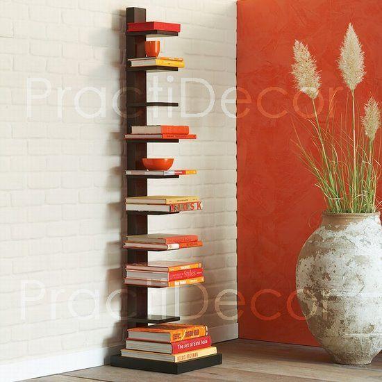 Torre de libros para espacios peque os departamentos o for Repisas espacios pequenos