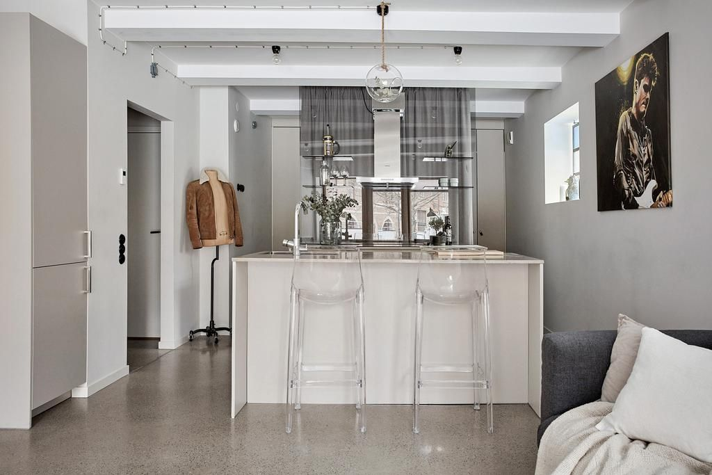 Une autre façon de créer une chambre dans un studio - PLANETE DECO - offene küche wohnzimmer trennen