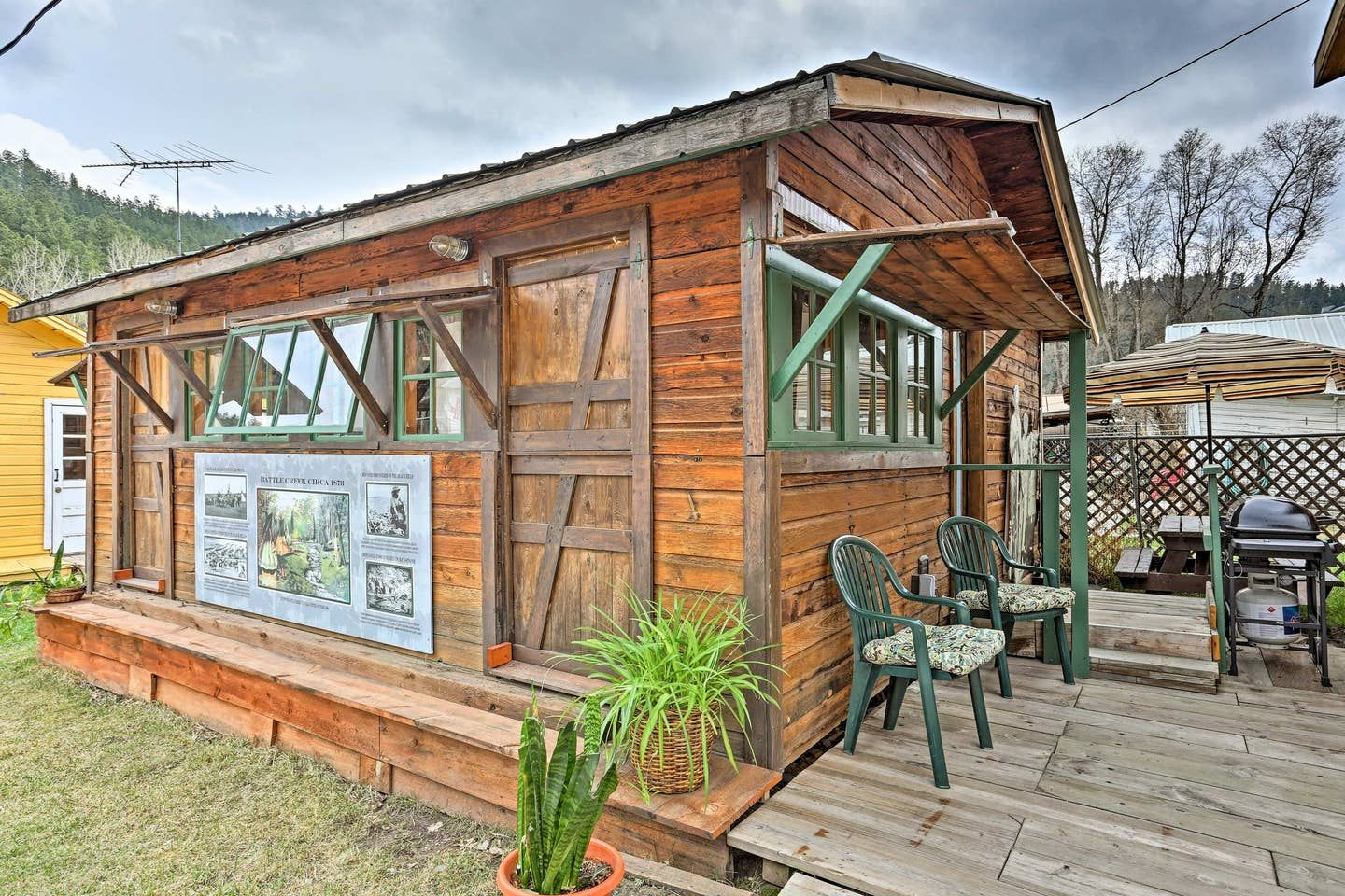 Rustic Keystone House 4 Miles From Mt Rushmore Cabins For Rent In Keystone Keystone Homes Cabin Evolve Vacation Rental