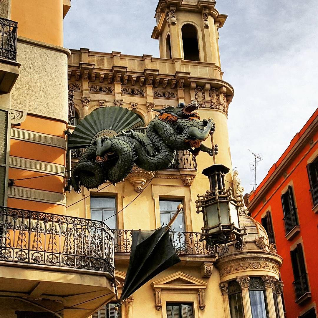 Casa dels Paraigües #LasRamblas #Barcelona