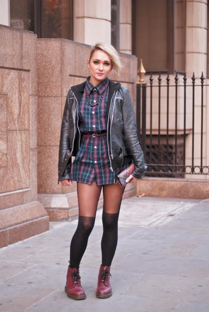 c3f30b81005 Very Grunge-era outfit with Doc Martens
