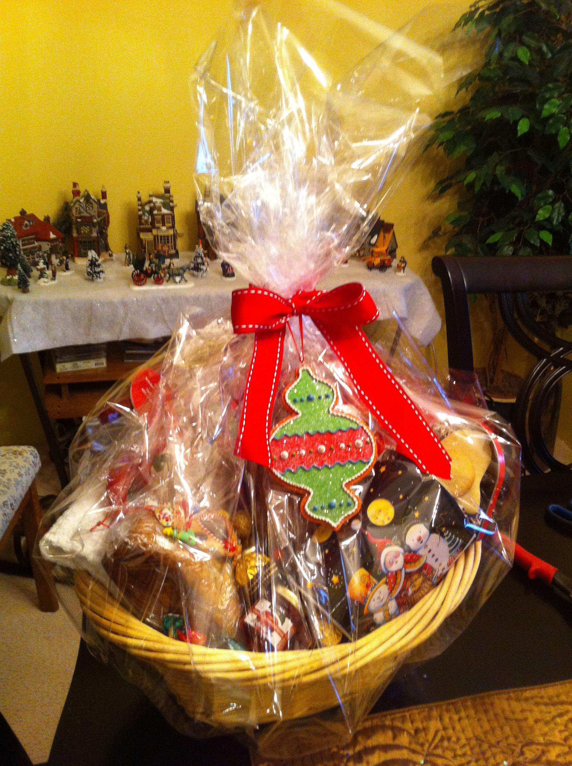 Christmas gift baskets ideas | Gift Baskets | Pinterest | Basket ...