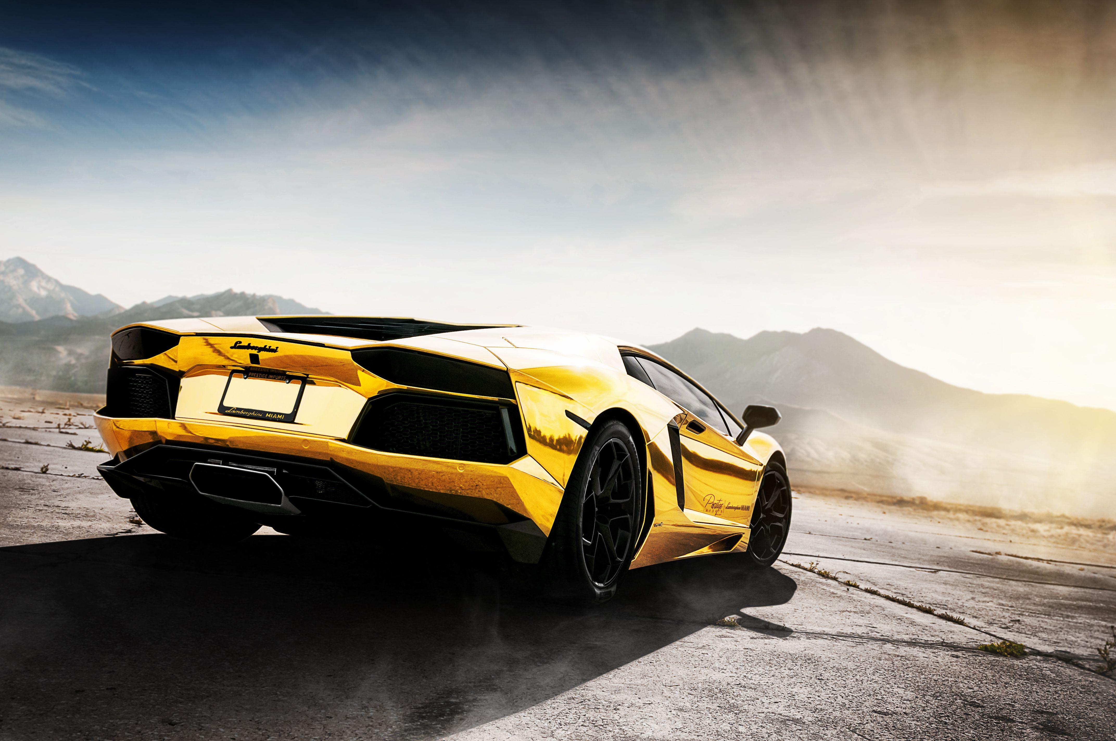 Lamborghini Aventador Gold 2355 Full Hd Wallpaper Desktop Res Lamborghini Veneno Best Lamborghini Lamborghini Aventador