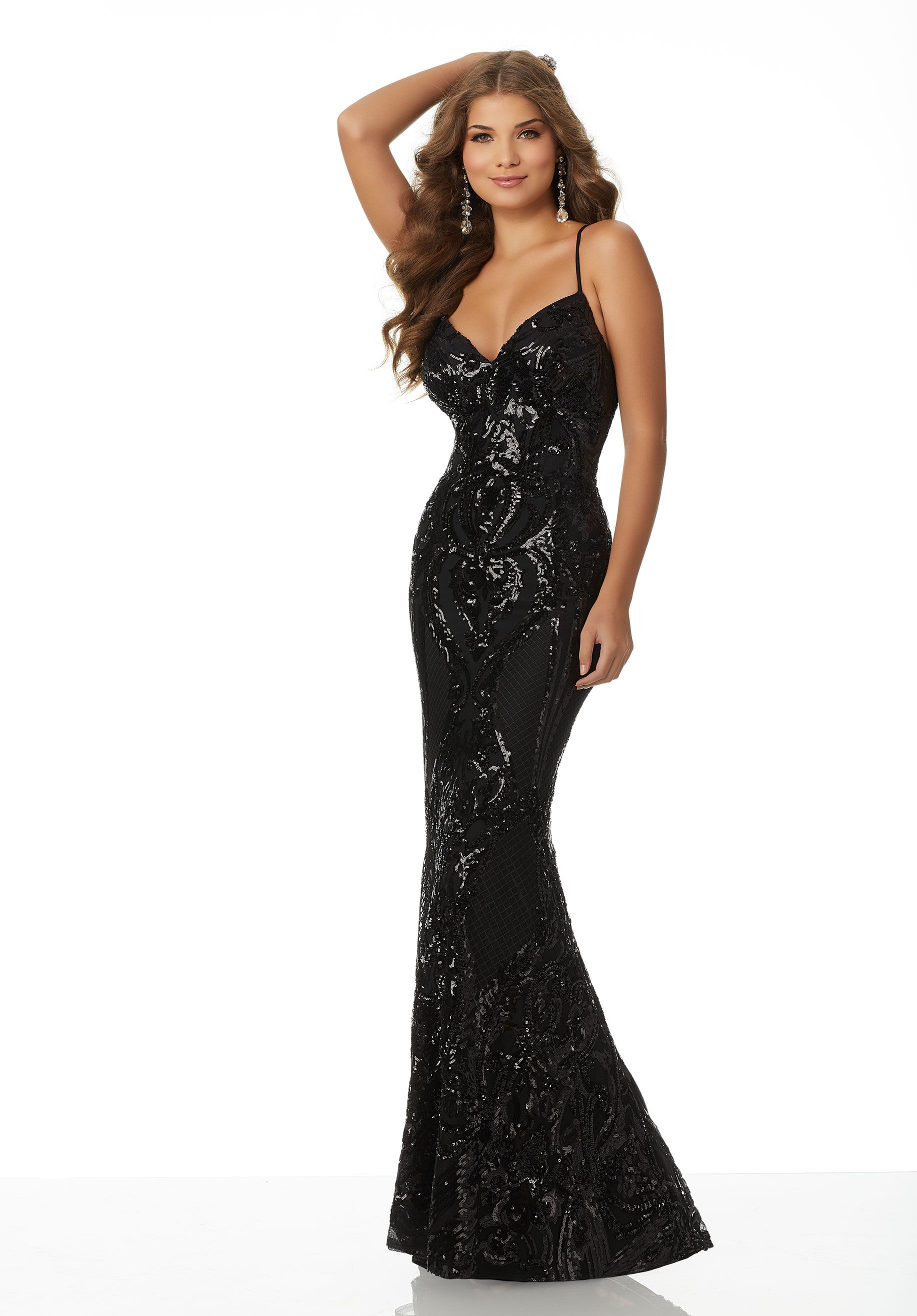 3f300303b69 Sleek fitted prom dress