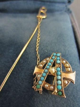 Alpha Phi, Beta Chapter-vintage pin: 1885.