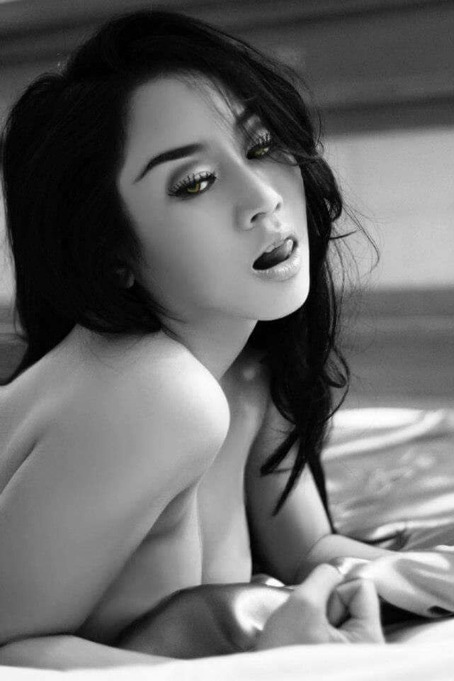 asian-model-photo-galleries