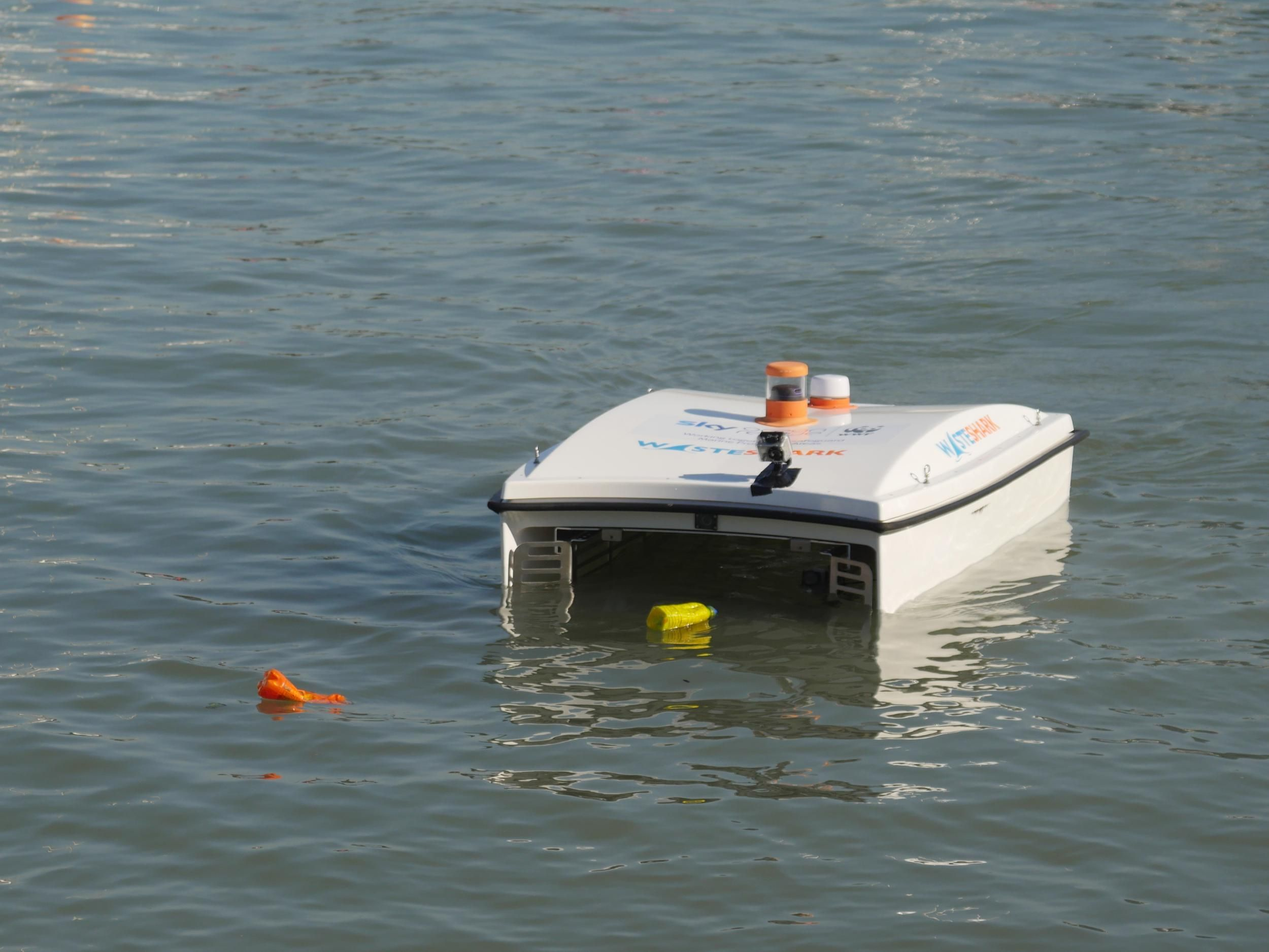 Robot shark that eats plastic waste launched to tackle