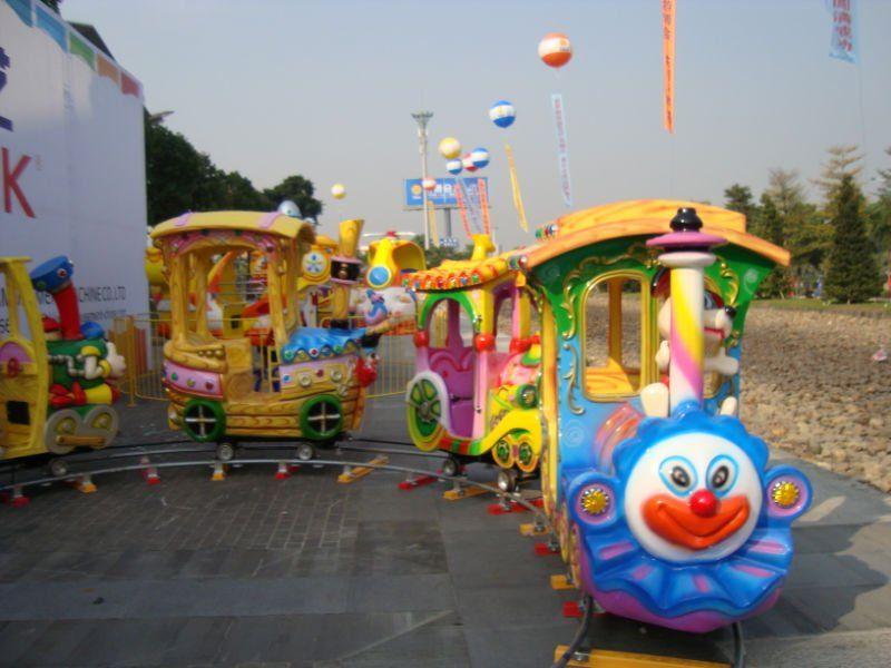 Outdoor playground train with kiddie ride amusement ride