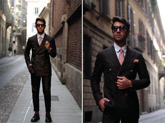 2b498e0485d9 Al Pascià Pipe, Hamilton Watch, Lanieri Suit, Red Socks Appeal Socks,  Trussardi Sunglasses