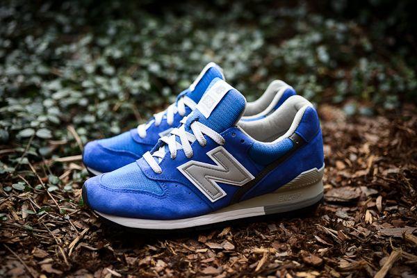 new balance blue 996