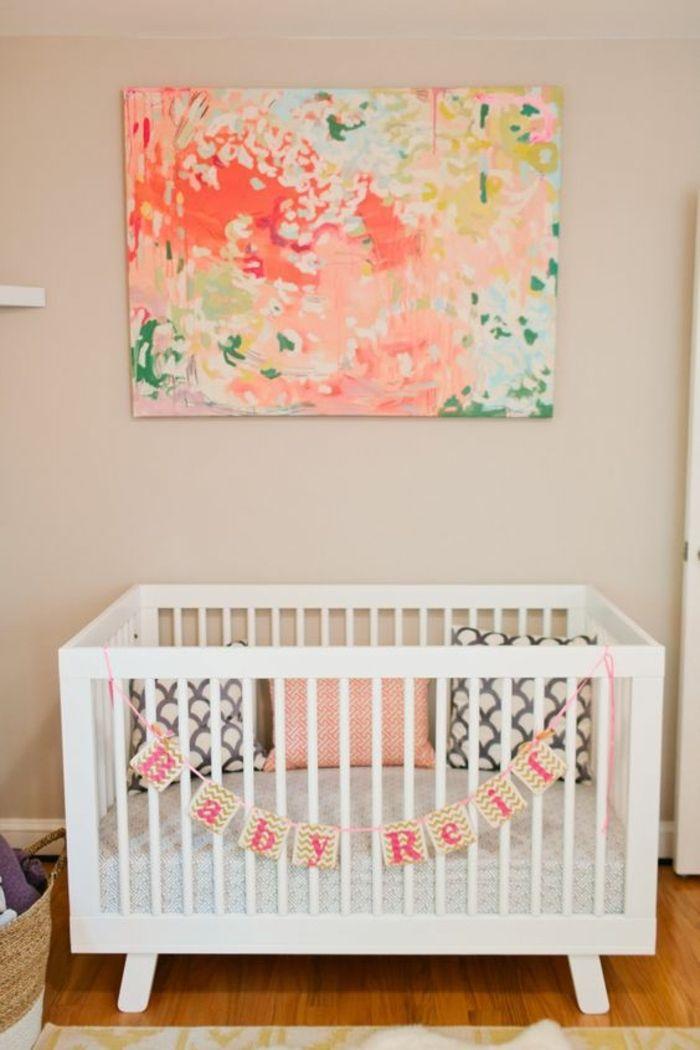 Dekoration Babyzimmer Ideen Zur Gestaltung Des Kinderzimmers Buntes Bild  Orange Gelb Grün Weißes Bett