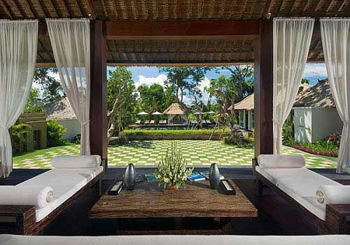 Create an entirely new look for your interior with balinese interior design,  there are some