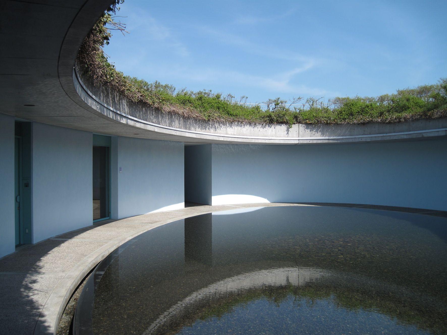 The Oval A Hotel By Tadao Ando M 201 Rn 214 Ki Betonok Tadao