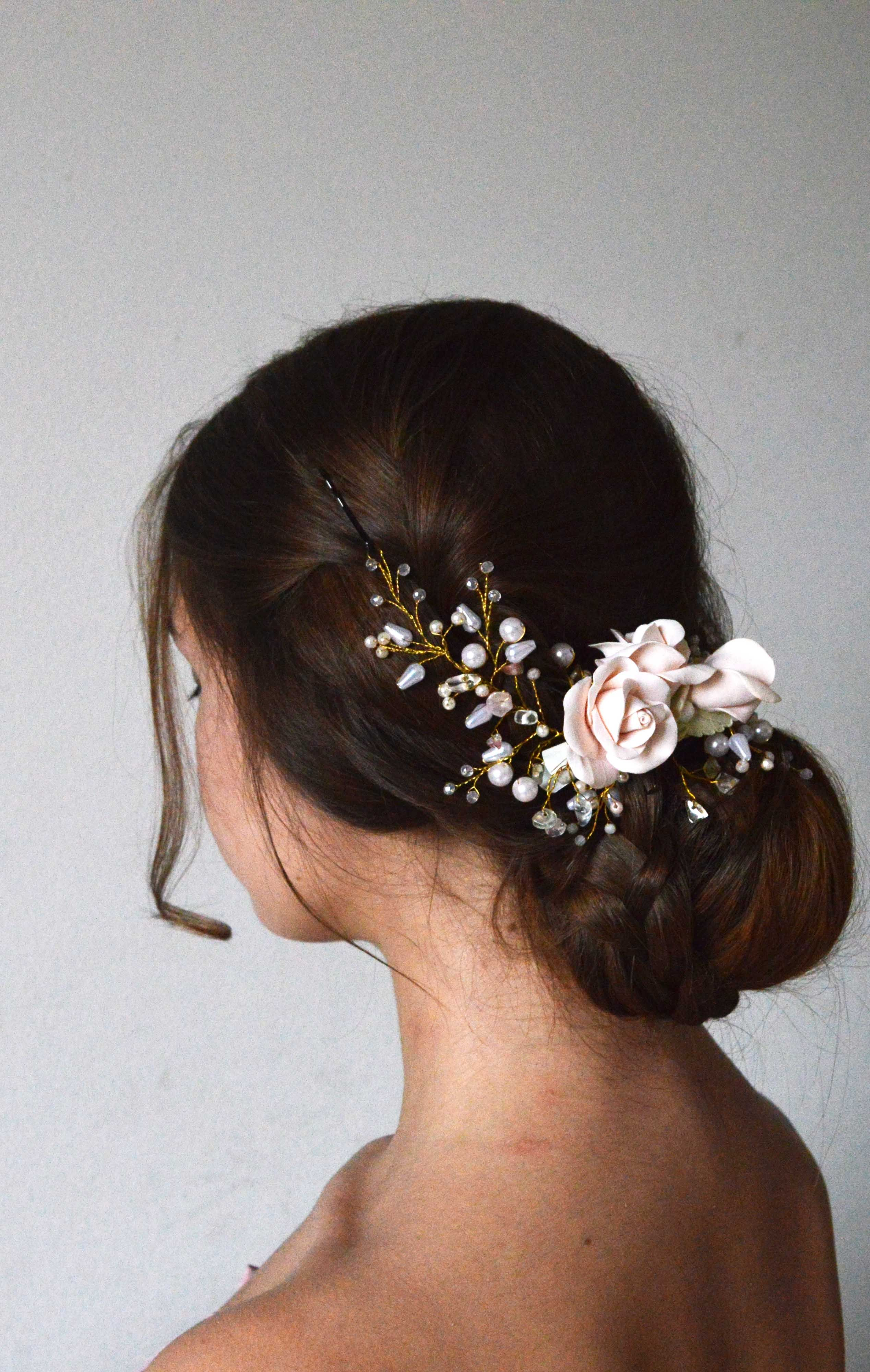 Bridal hair comb Wedding hair accessories White crystal flowers headpiece  Floral design hair pieces