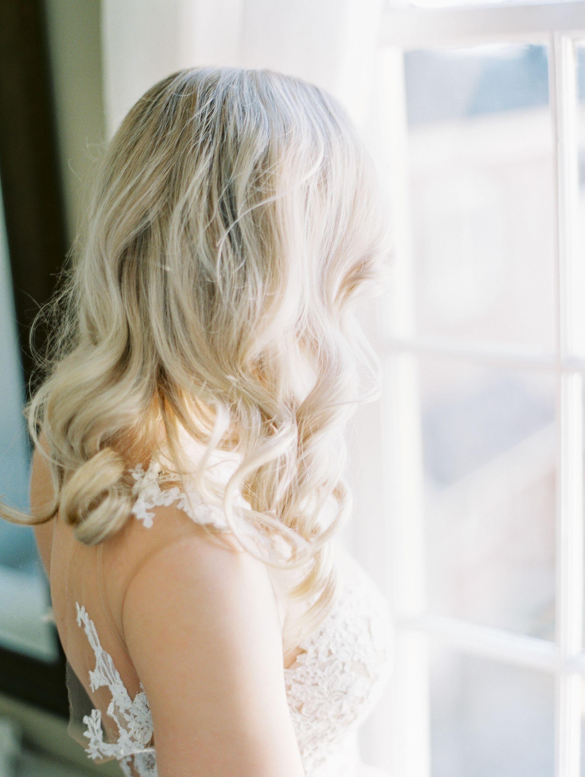 blonde wedding hair | wedding hair down | soft curls bridal
