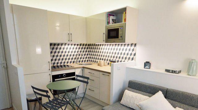 25 M2 Paris 14 Un Studio Optimise Cuisine De Petit Appartement