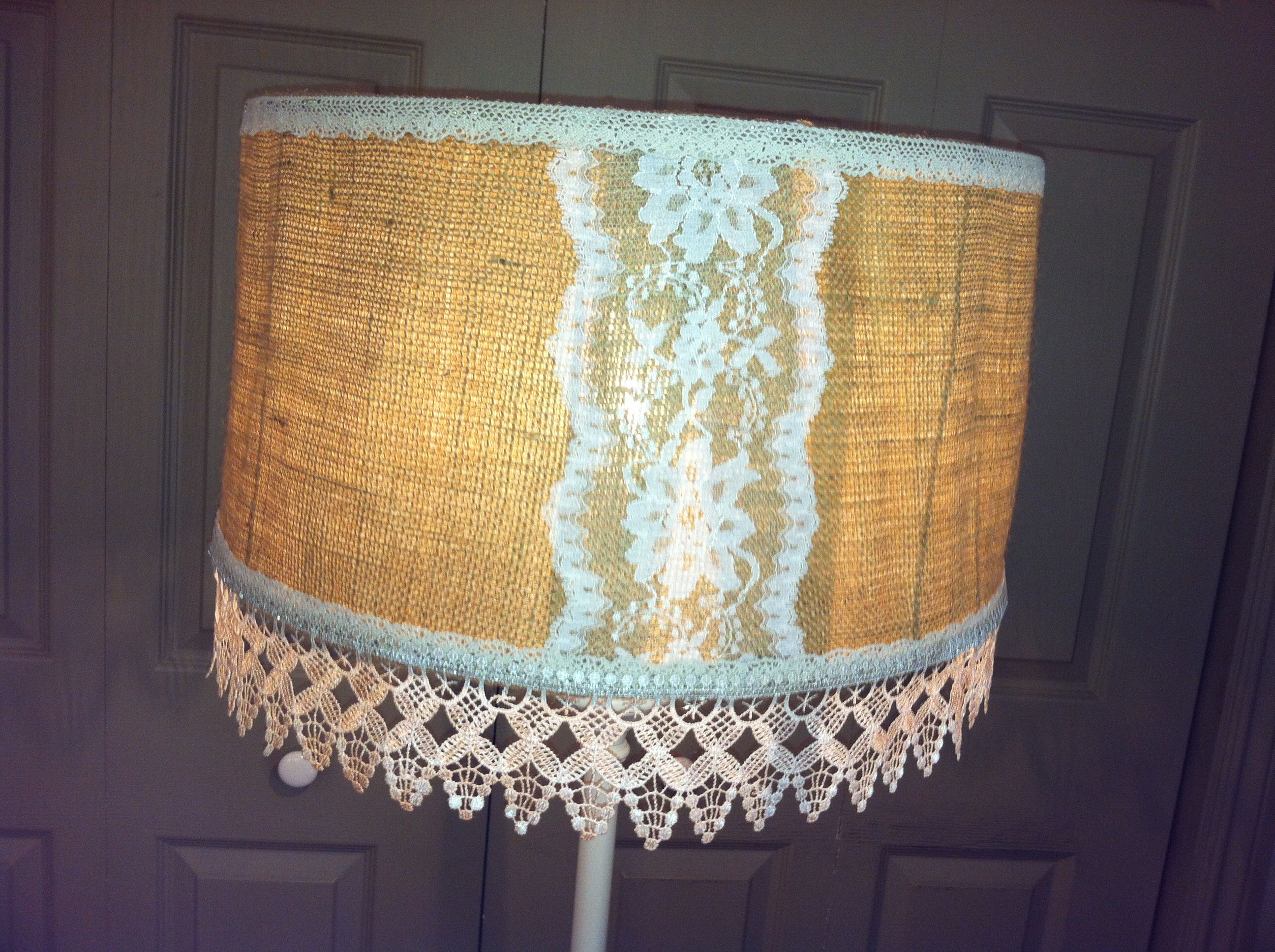 Shabby chic burlap lamp shade | Shabby diy, Diy light ...