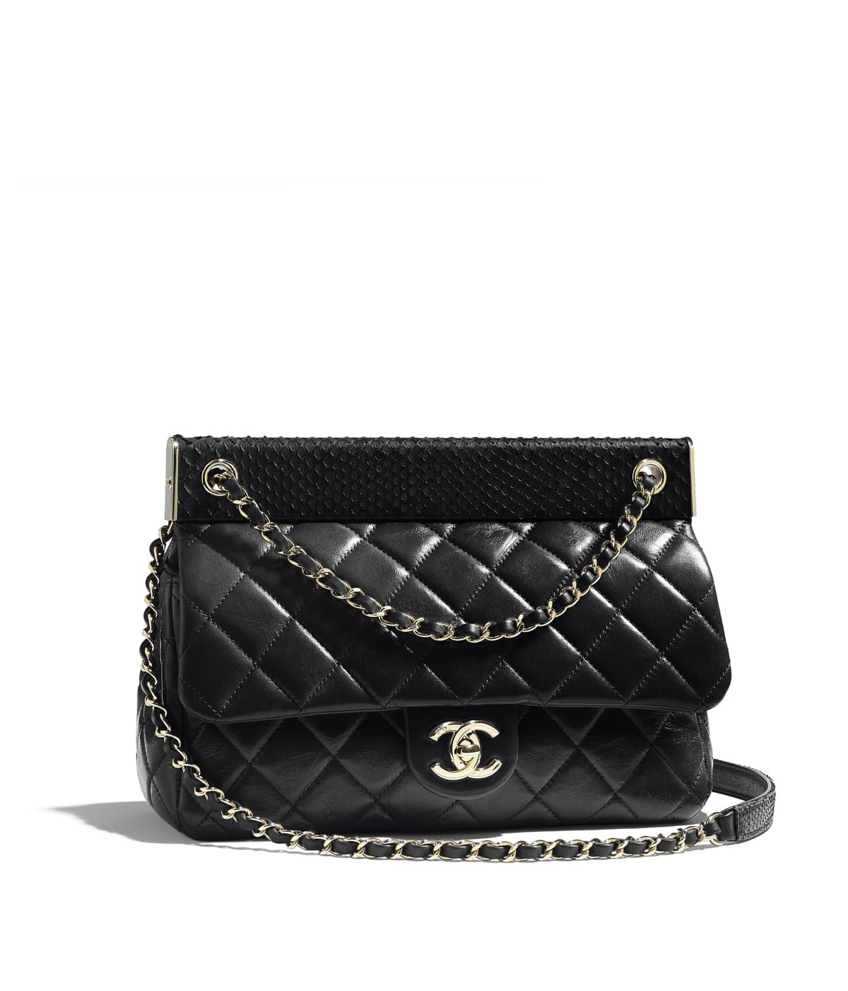 59e63aa40 Bolsa of the Outono-Inverno 2018/19 CHANEL Fashion collection : Bolsa,  couro de cordeiro, python & metal dourado, preto on the CHANEL official  website.