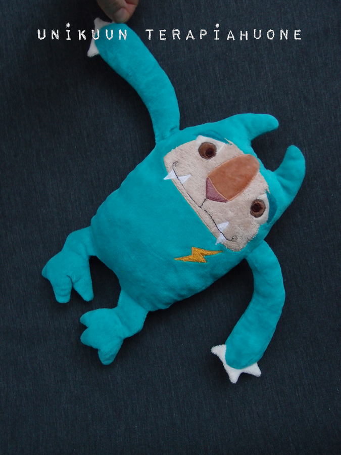 Laurie Lighting - cute monster soft toy by Unikuun terapiahuone