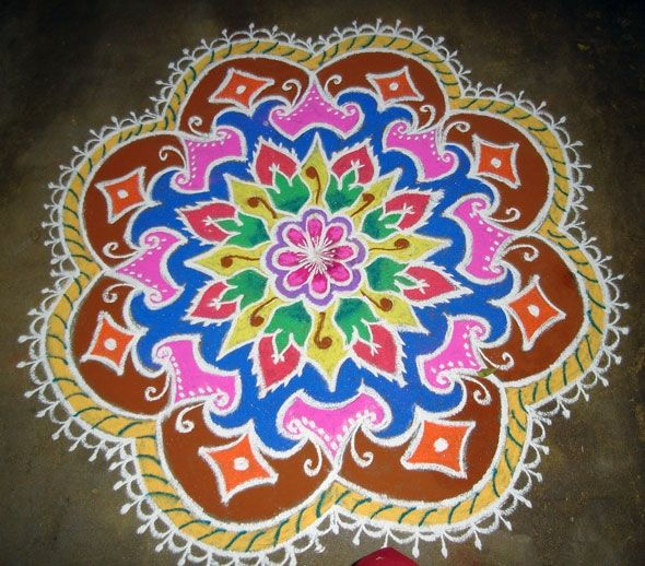 Beautiful Rangoli Pattern; Site has a lot of ideas for art exploration for children and adults.