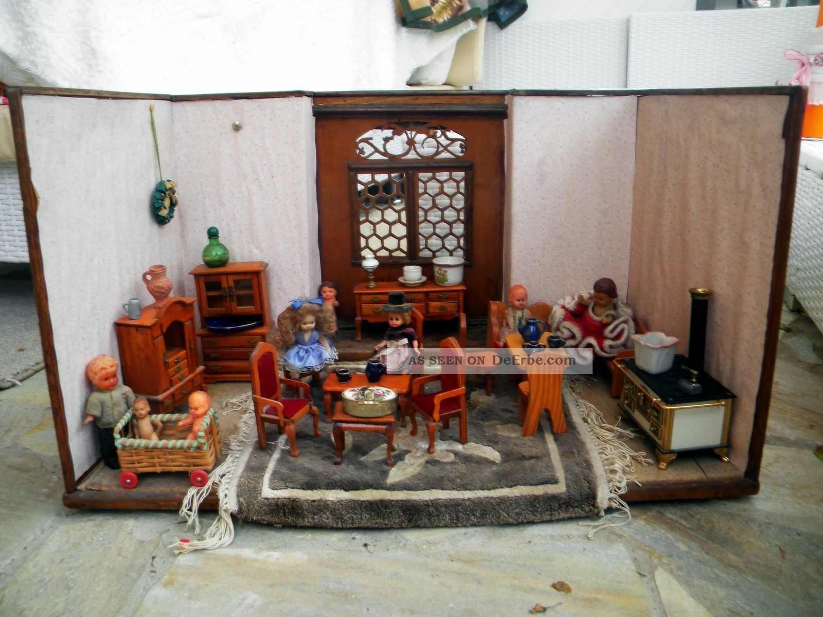 Wohnzimmer Designermöbel ~ Alte antike puppenstube mit möbel puppen einrichtung küche