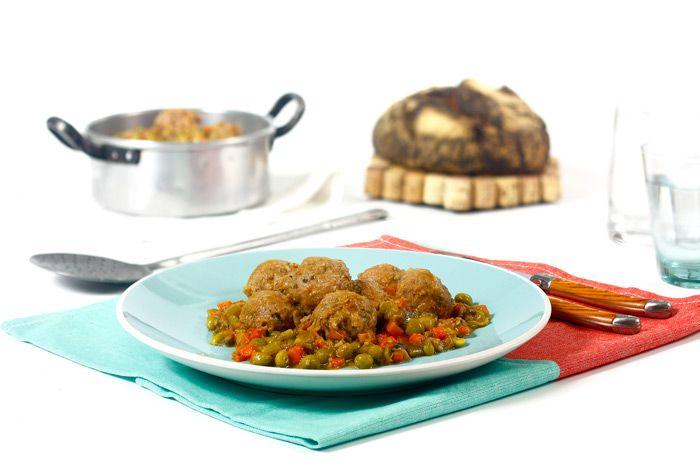 Albóndigas A La Jardinera Receta Para Crock Pot Receta Recetas Para Olla De Cocción Lenta Olla De Cocción Lenta Recetas Con Carne