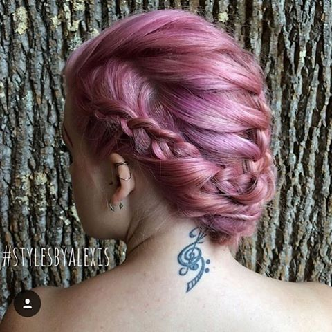 Great pastel pink (could maybe be lilac too?) hair color from Aveda. Kanske kan få mer lilac på Salong Benan i Lund?