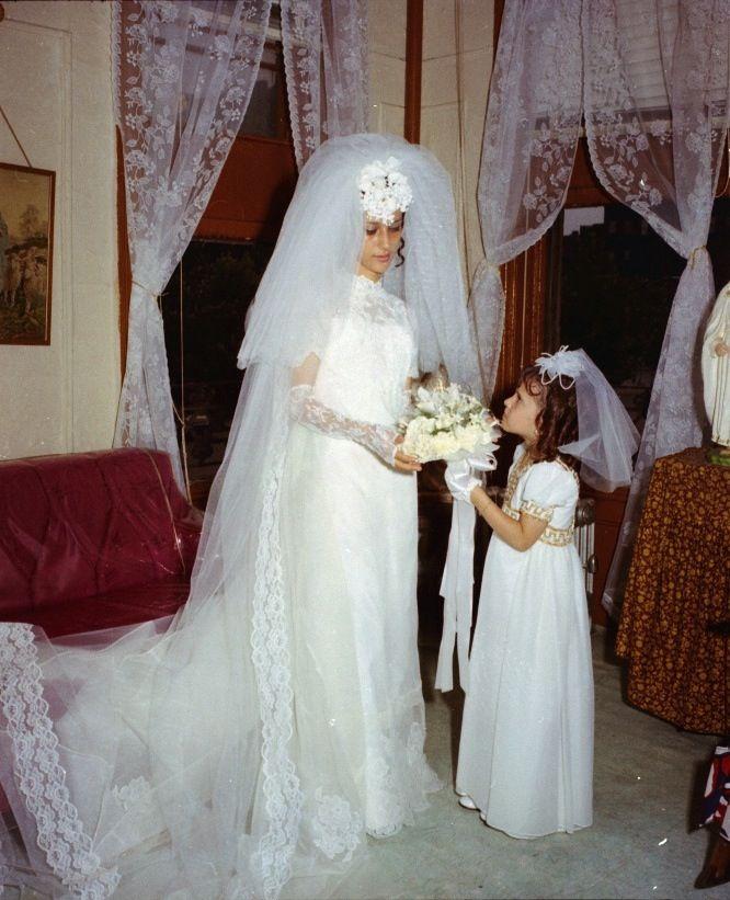 Vintage 1960s Wedding Dresses: Sweet Flower Girl. Guessing 1960's?