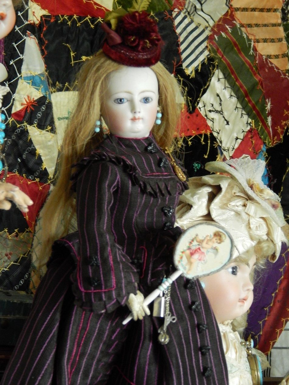 This Ebay Auction Is For The Fan The Doll Is A Louis Doleac Very Nice Indeed Fashion Dolls French Fashion Bisque Doll
