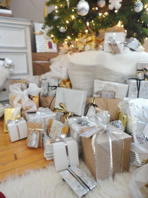 Christmas Wrapping Now Unwrapped Metallic Christmas Decor Holiday Crafts Christmas Gold Wrapping Paper