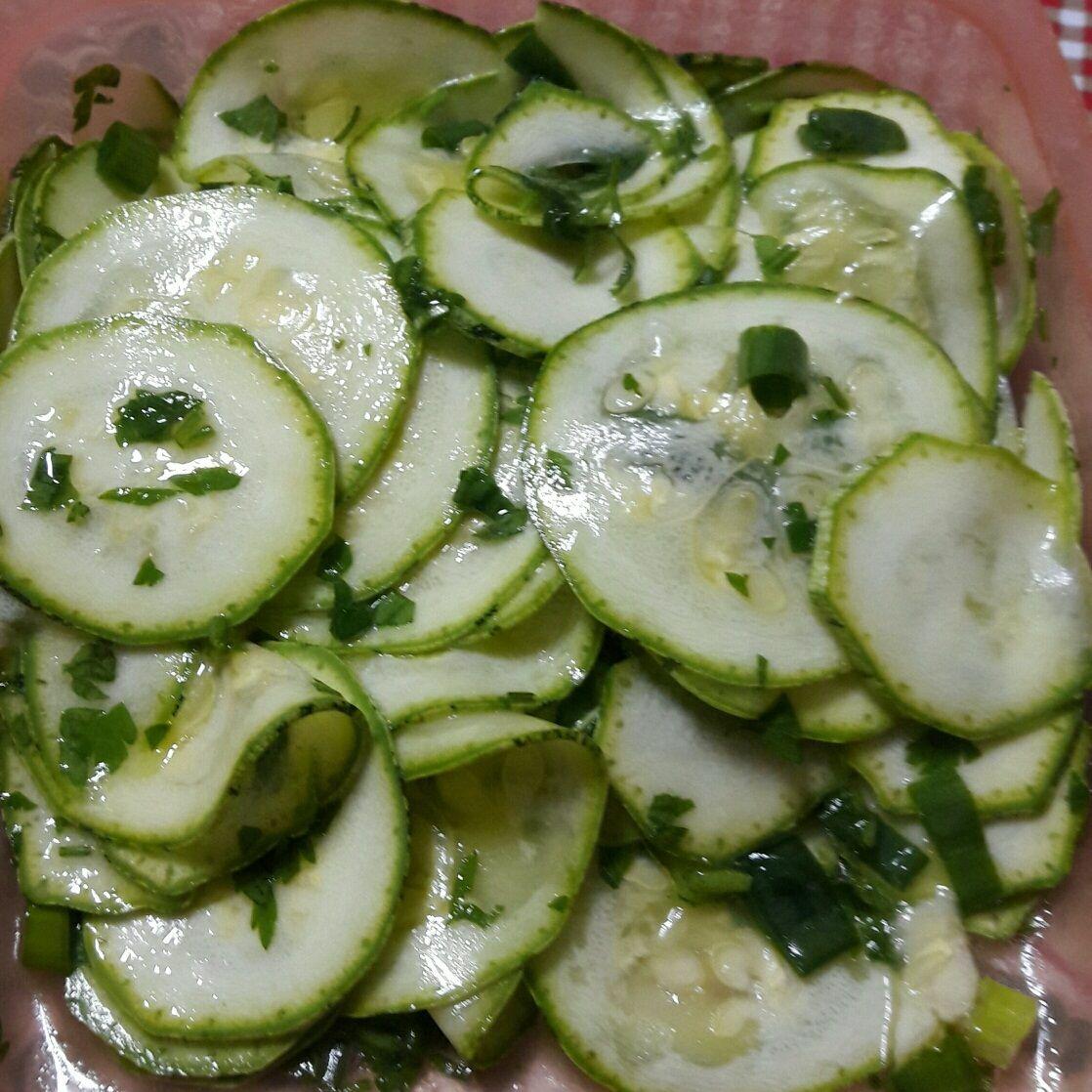 receitas de saladas cruas para dieta