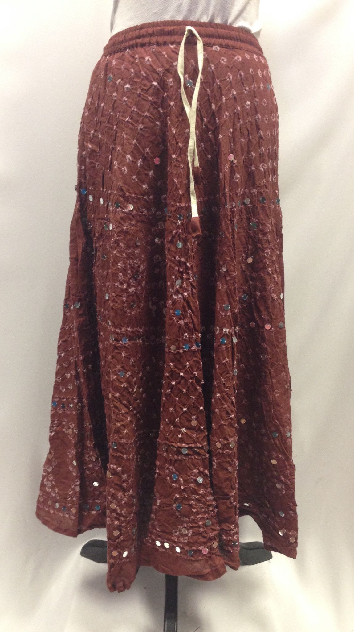e8db76ec0 Bandhani Brown Skirt | Indian clothes | Brown skirts, Skirts, Indian ...