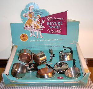 Astonishing Vintage Childs Kitchen Set Pots Pans Miniature Revere Ware Home Interior And Landscaping Staixmapetitesourisinfo