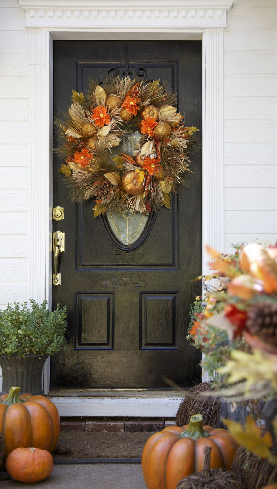 Decorating Your Front Door for Fall Front doors - Front Door Halloween Decorations