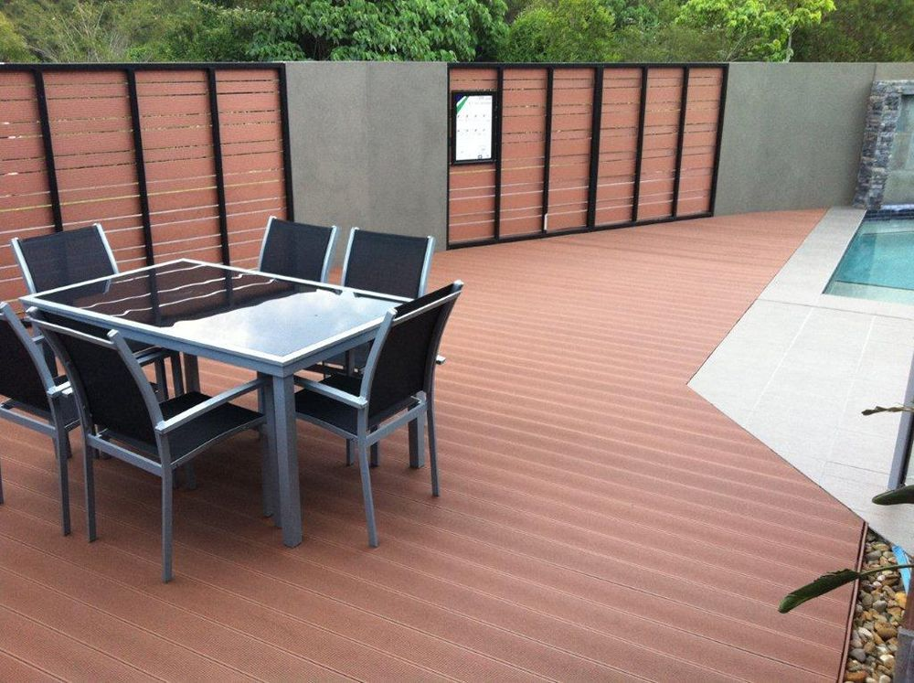 Non slip outdoor tile flooring plastic wood floor for Garden decking non slip