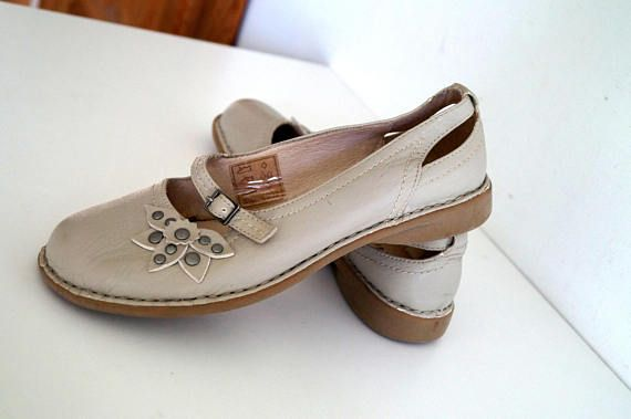 TISSAIA shoes Womens shoes Genuine leather shoes beige color Eur ...