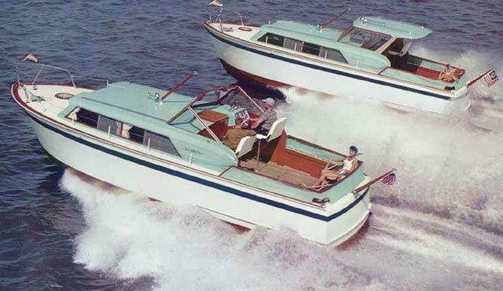 Chris Craft Yachts Yachtforums Com Chris Craft Yacht Cruiser Boat Chris Craft Wooden Boats
